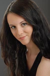 Sarah Tupper Daniels - Color Headshot