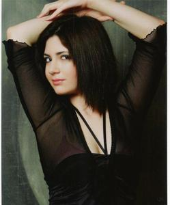 Brianna Rosenberg - Black hair