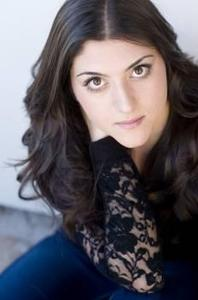 Laleh Khorsandi - Serious