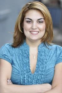 Roshan  Abedi - Headshot 2