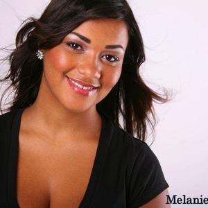 melanie  martins - new1