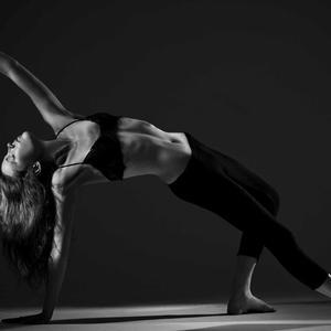 Annie Freeman - Annie Freeman Yoga 2