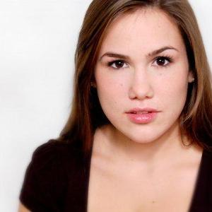 Sarah Bella Alderson - Headshot 3