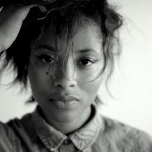Javana Mundy - Headshot1
