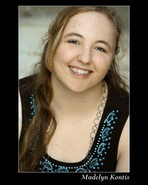 Madelyn Kontis - Headshot