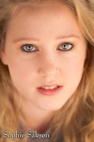 Sophie Sakson - Sophie Close Up