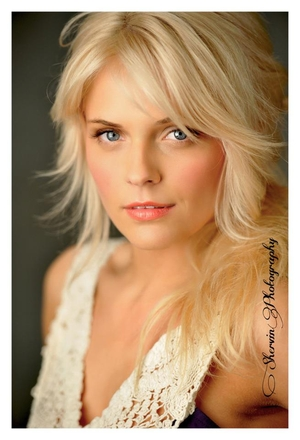 Ashley Carpenter - Headshot