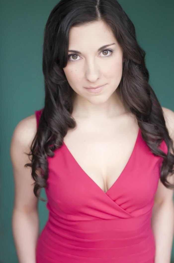 Megan Sears - Full Body Headshot