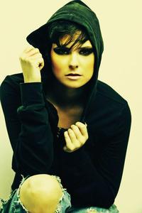 Linda  Roser - Character 1
