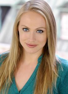 Kelsey Deanne - Headshot 4