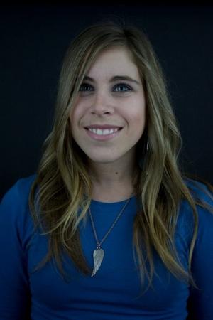 Stephanie Clare - blue head shot