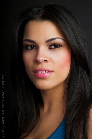 Chevonne  Machuca - Headshot 1