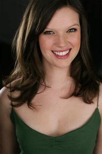 Natalie Lurowist - Natalie Lurowist Headshot 3