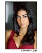 Shara Henriquez - Headshot