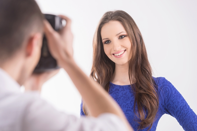 How to Find the Right Headshot Photographer