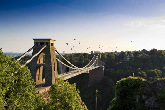 U.K. Now Casting: Nonunion Play 'BrisTALES' + 3 More Paid Gigs