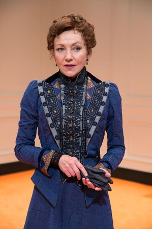 Julie White's No. 1 Piece of Advice for Having a Lasting Stage Career