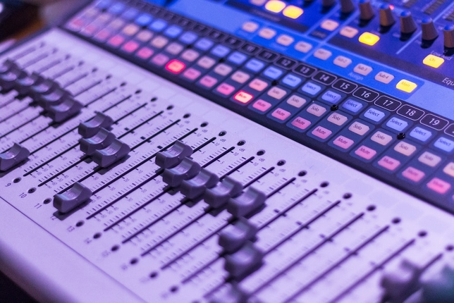 9 Things That Annoy Voiceover Engineers + How to Avoid Them