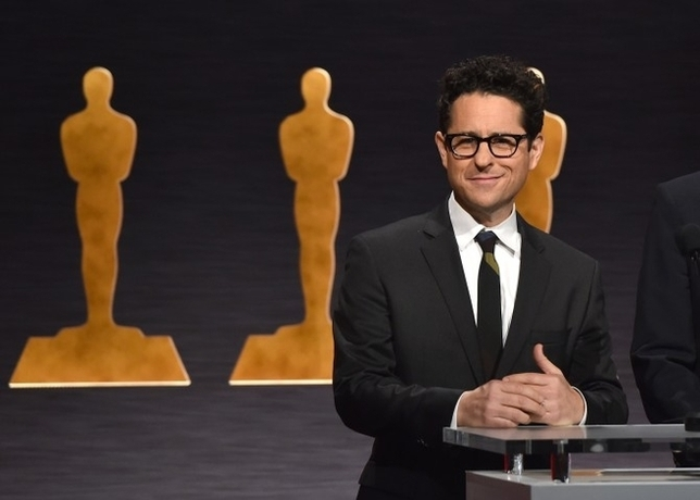 Greenlit: J.J. Abrams Will Encore as Director for 'Star Wars: Episode IX'
