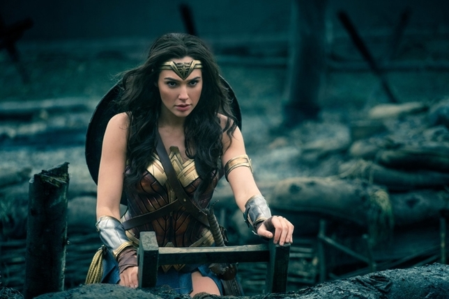 Gal Gadot Lines Up WWII Revenge Film Before 'Wonder Woman 2'