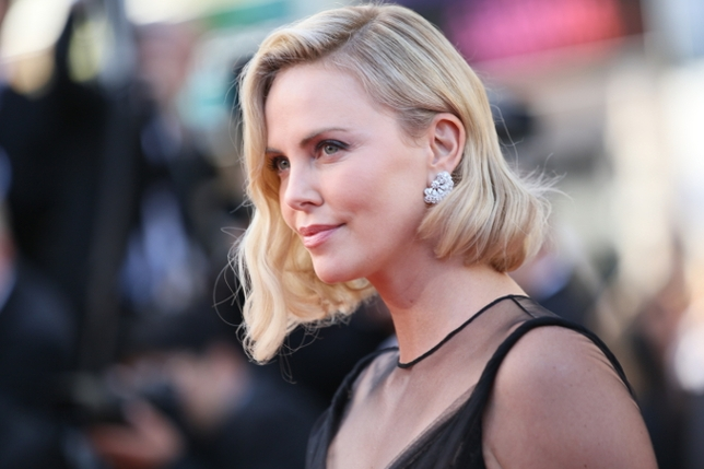 Charlize Theron Adds 'Babysitter' to Her Résumé With 'Flarsky'