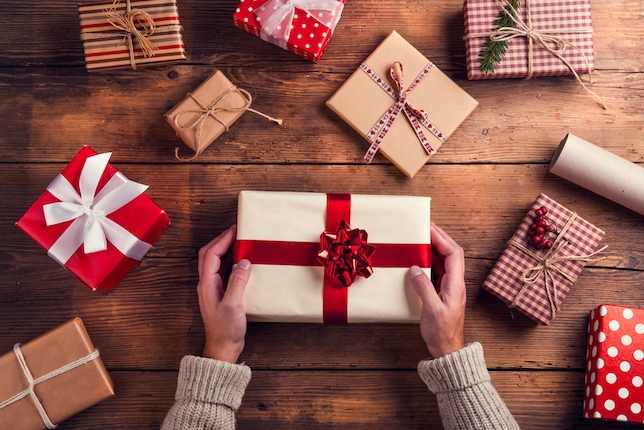 NYC Now Casting: Experienced Actors Wanted for Comedic Holiday Commercial + 2 More Gigs