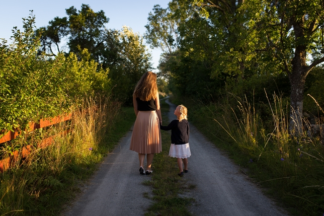How This Mother-Daughter Voiceover Team Work Together