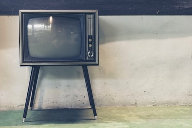 What Emmy-Winning Actors Know About Acting on TV