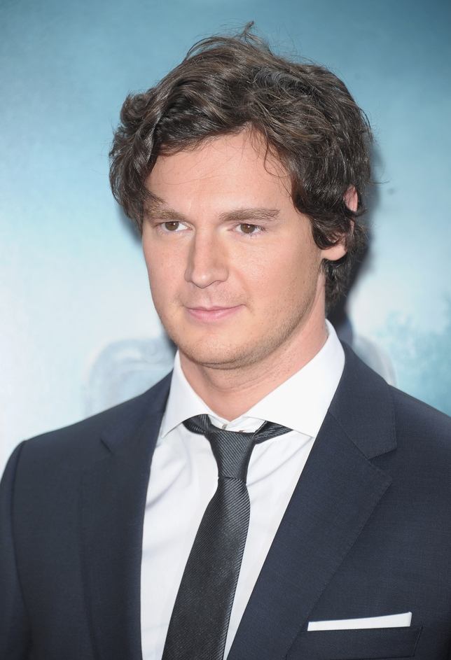Exclusive! Benjamin Walker Dishes on 'Cat on a Hot Tin Roof'