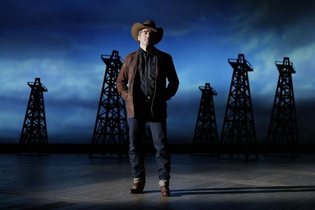 'Giant,' 'Hands on a Hardbody' Lead Drama Desk Nominees