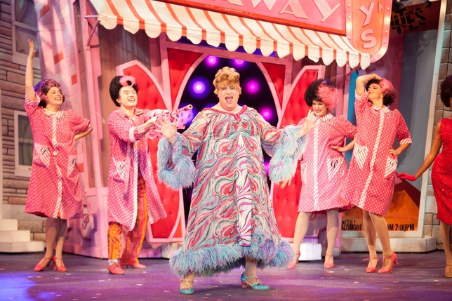 3-D Theatricals Delivers a Buoyant 'Hairspray'