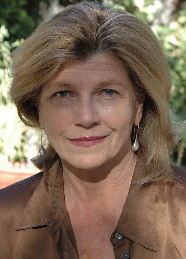 USC's Jennifer Warren Encourages Actors to Hyphenate