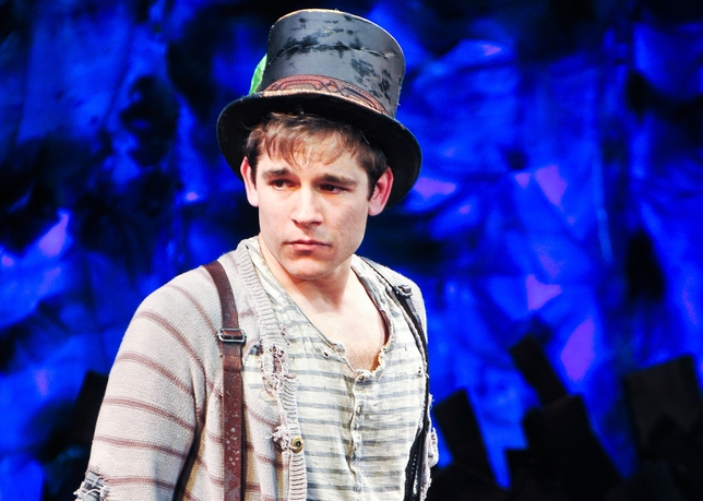 Jason Ralph Goes From Understudy to Star in 'Peter and the Starcatcher'