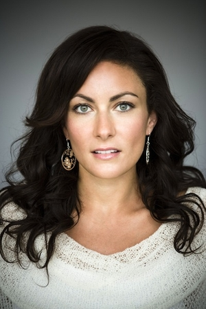 Laura Benanti's 7 Tips on How to be a 'Professional Idiot'