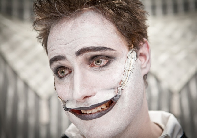 Actors Perform With No Words In 'The Man Who Laughs'