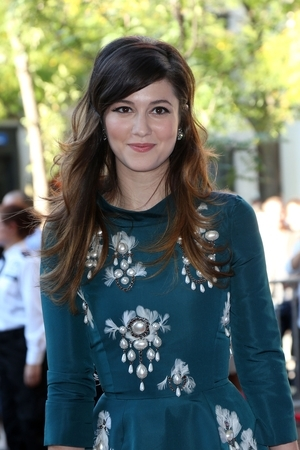 Mary Elizabeth Winstead Gets Smashed for 'Smashed' (Video)