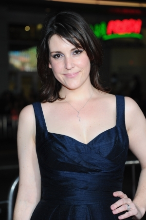 Melanie Lynskey Earns Raves for Her Lead Turn in 'Hello I Must Be Going'
