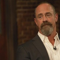 Watch christopher meloni contrasts roles on oz and svu for Meloni arredamenti oristano