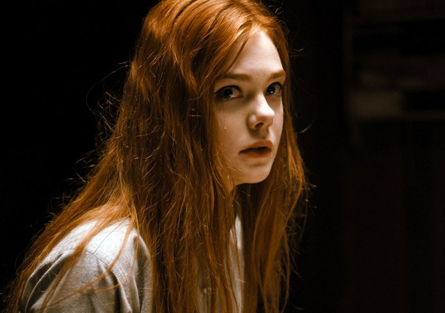 Elle Fanning Talks About 'Ginger and Rosa' (Video)