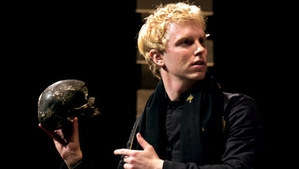 This 'Hamlet' Is Free-Wheeling and Festive, From Shakespeare's Globe