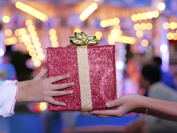 10 Great Holiday Gifts for Actors