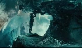 Two Earths, One Errant Film in 'Upside Down'